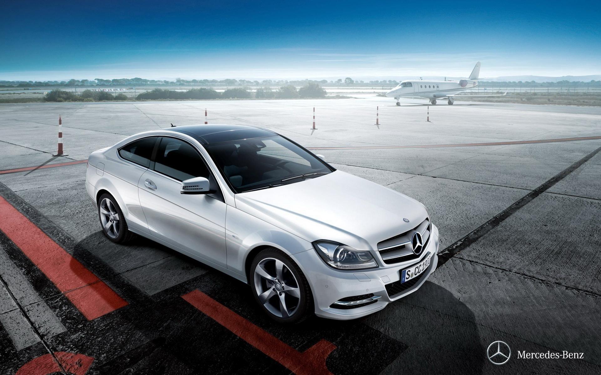 Картинки Mercedes-Benz скачать на рабочий стол, фото SLS