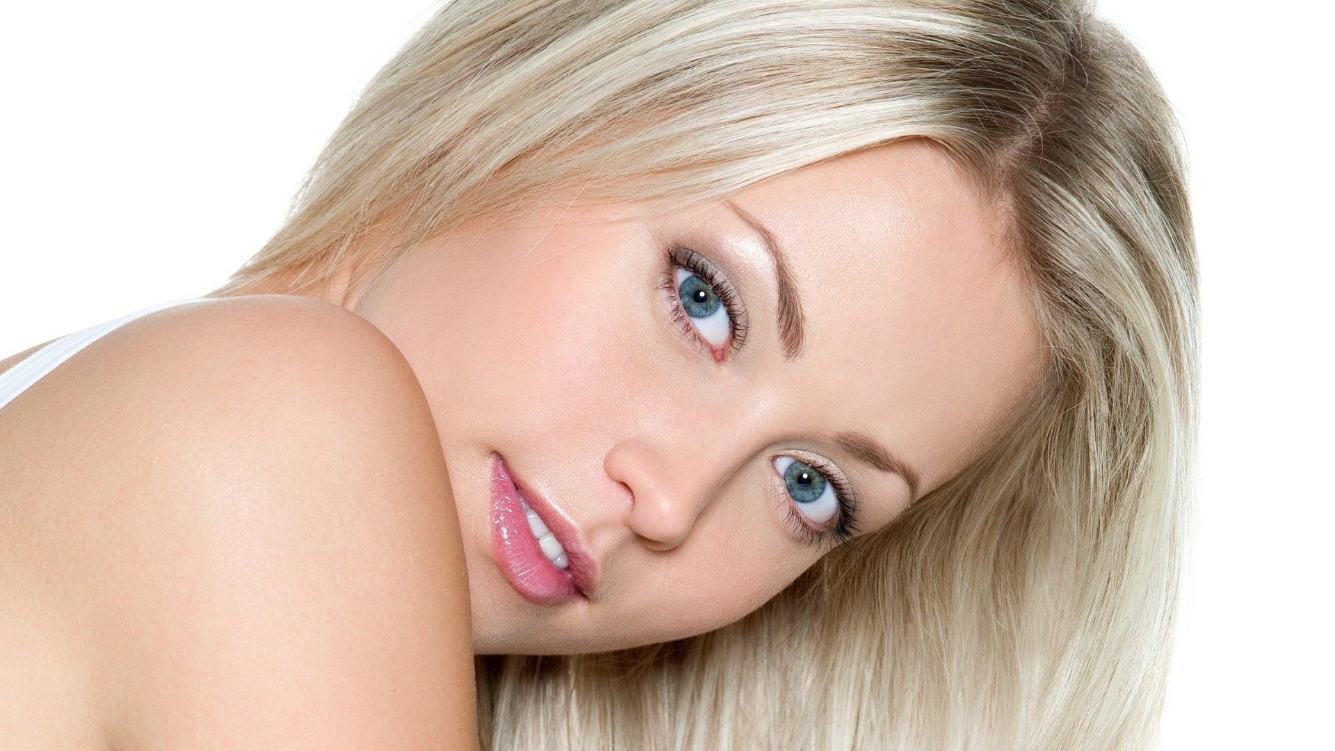 Расширитель рта для блондинки фото 20 фотография