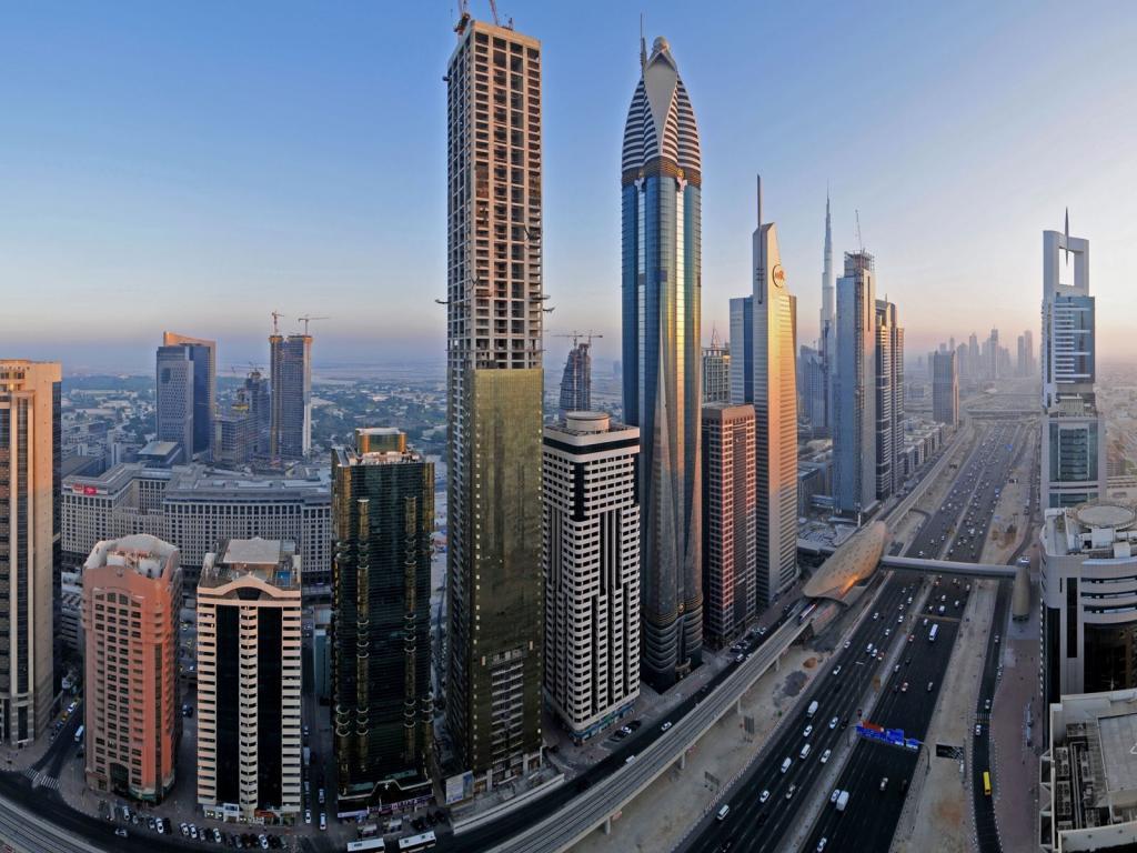 Скачать обои Центр Дубая / 1024x768