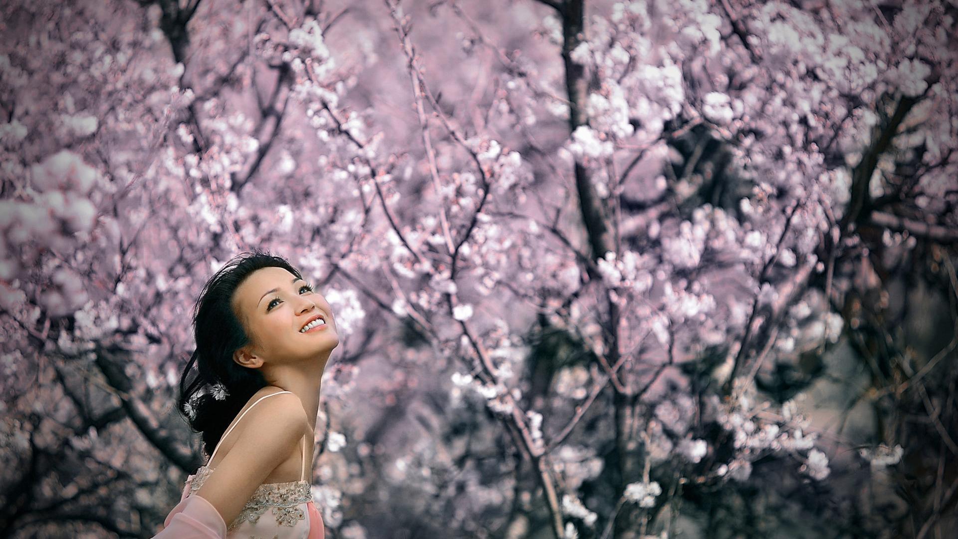 Японка улыбка сакура цветение обои