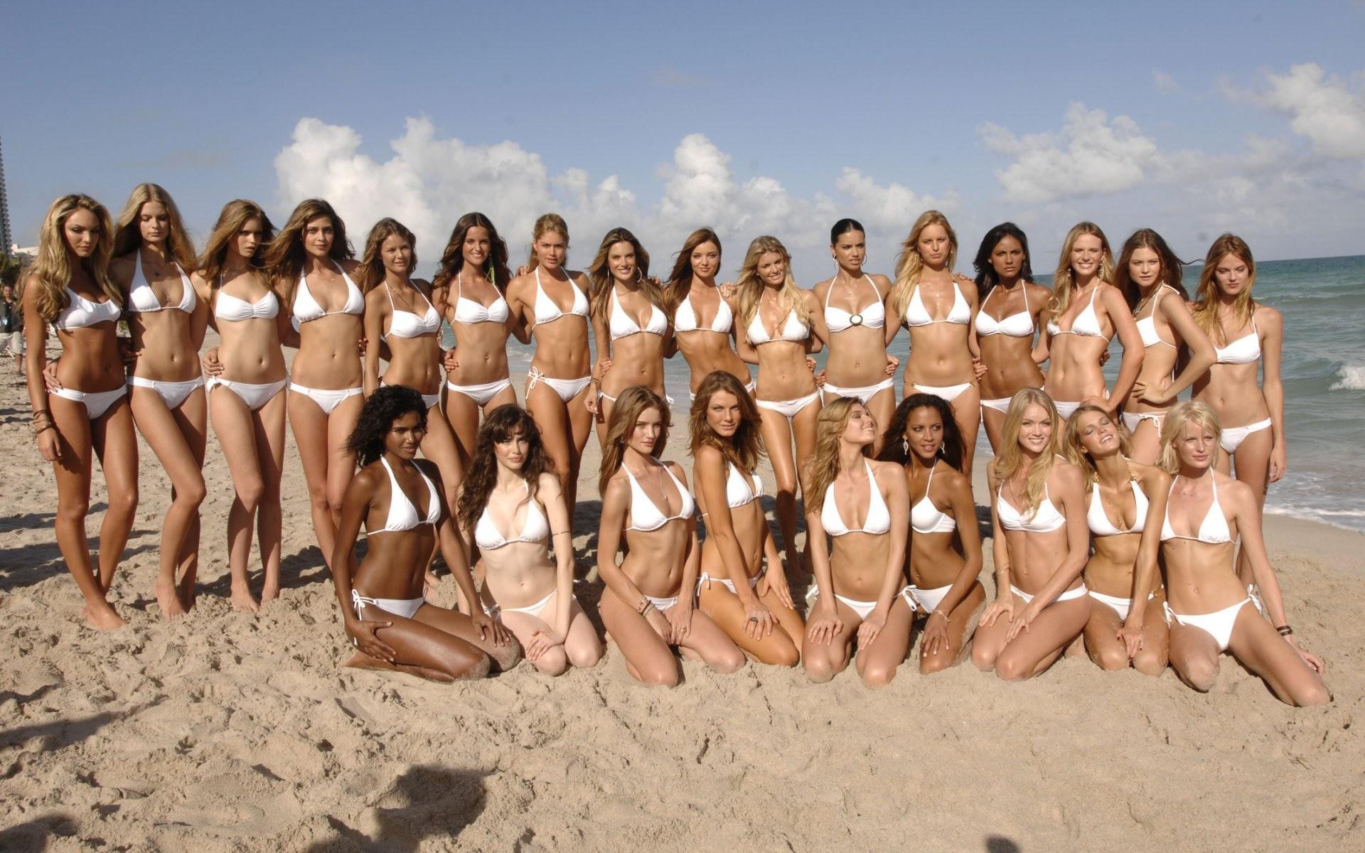 Море пляж девчонки 51