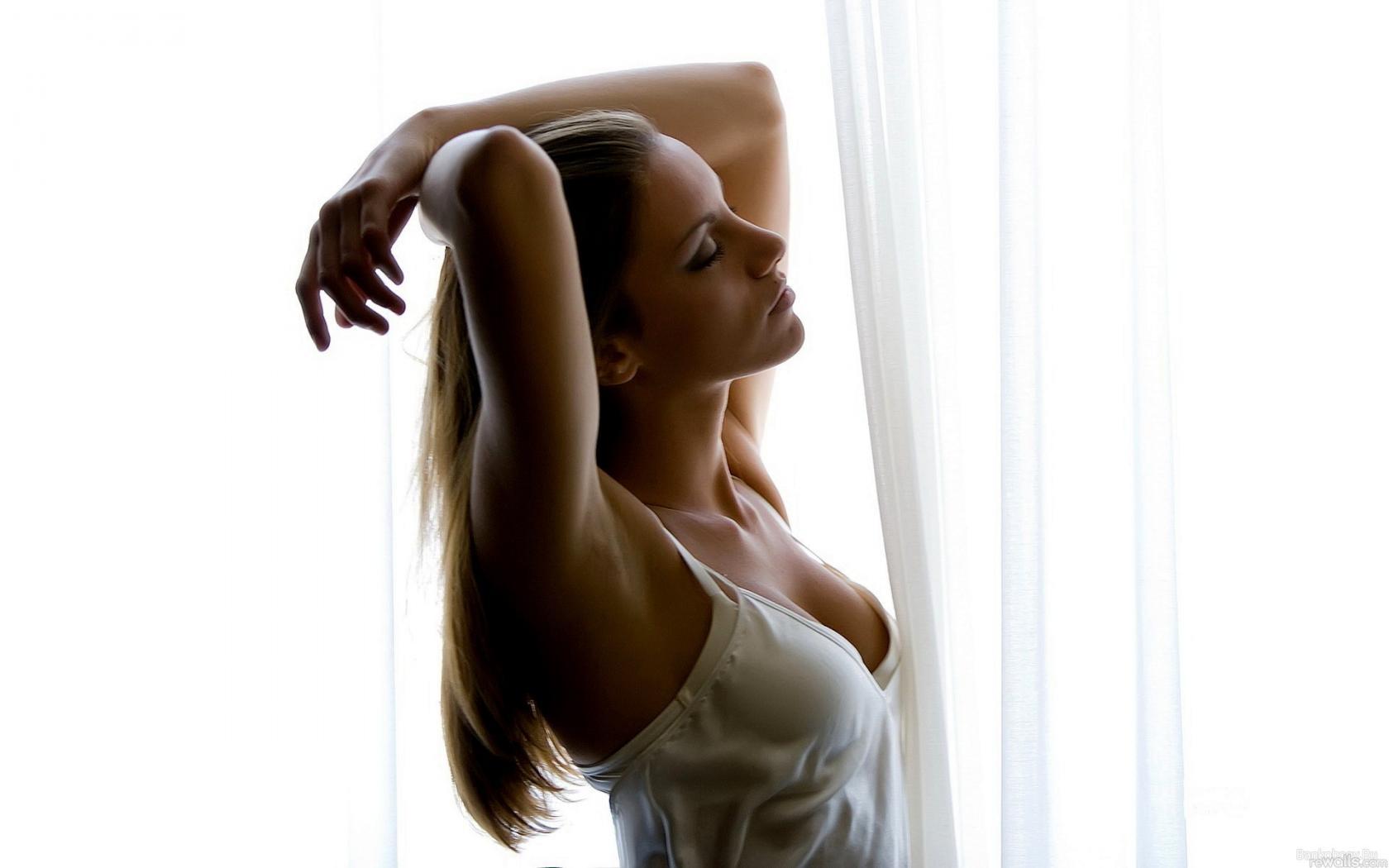 Смотреть негры поднимают женщину на руки 12 фотография