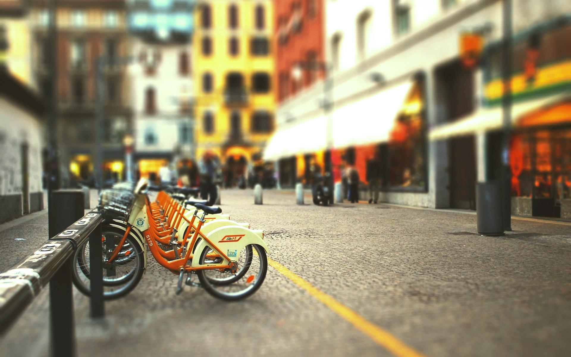 Город улица велосипед стоянка
