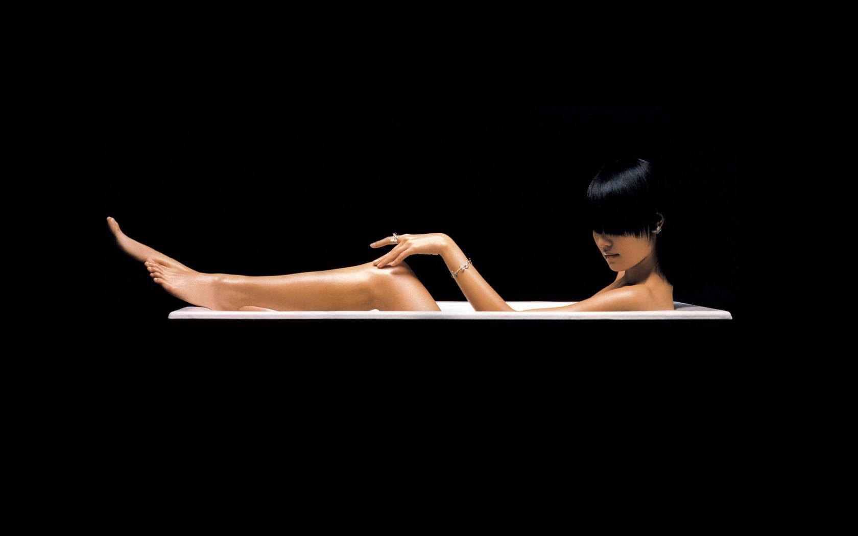 Фотоальбом девушки в ванной 20 фотография