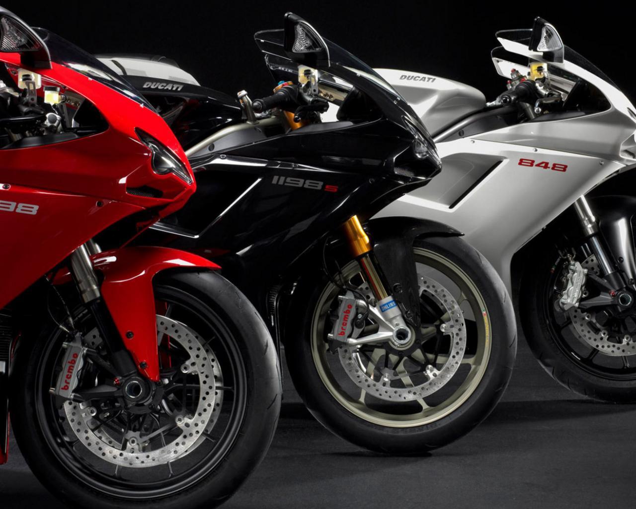 Обои мотоциклисты, Ducati. Мотоциклы foto 13