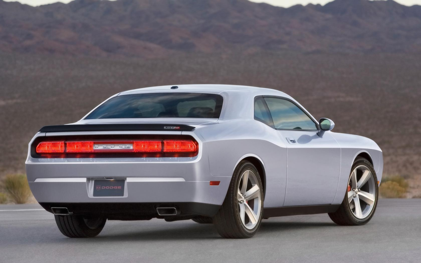 2009 Dodge Challenger Srt8 Rear Angle 1680x1050