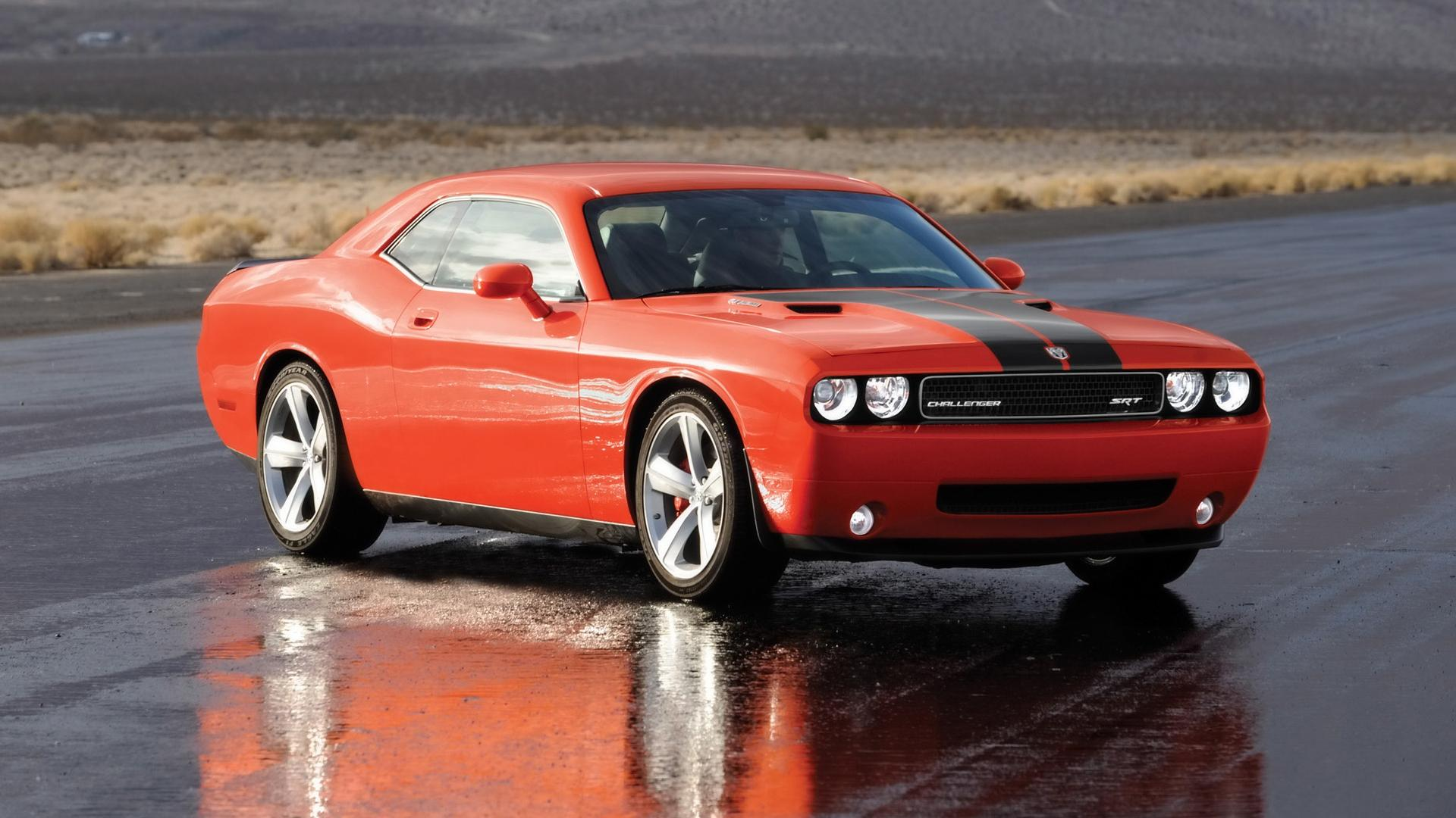 2008 Dodge Challenger Srt8 Side Angle Wet Pavement 1920x1080