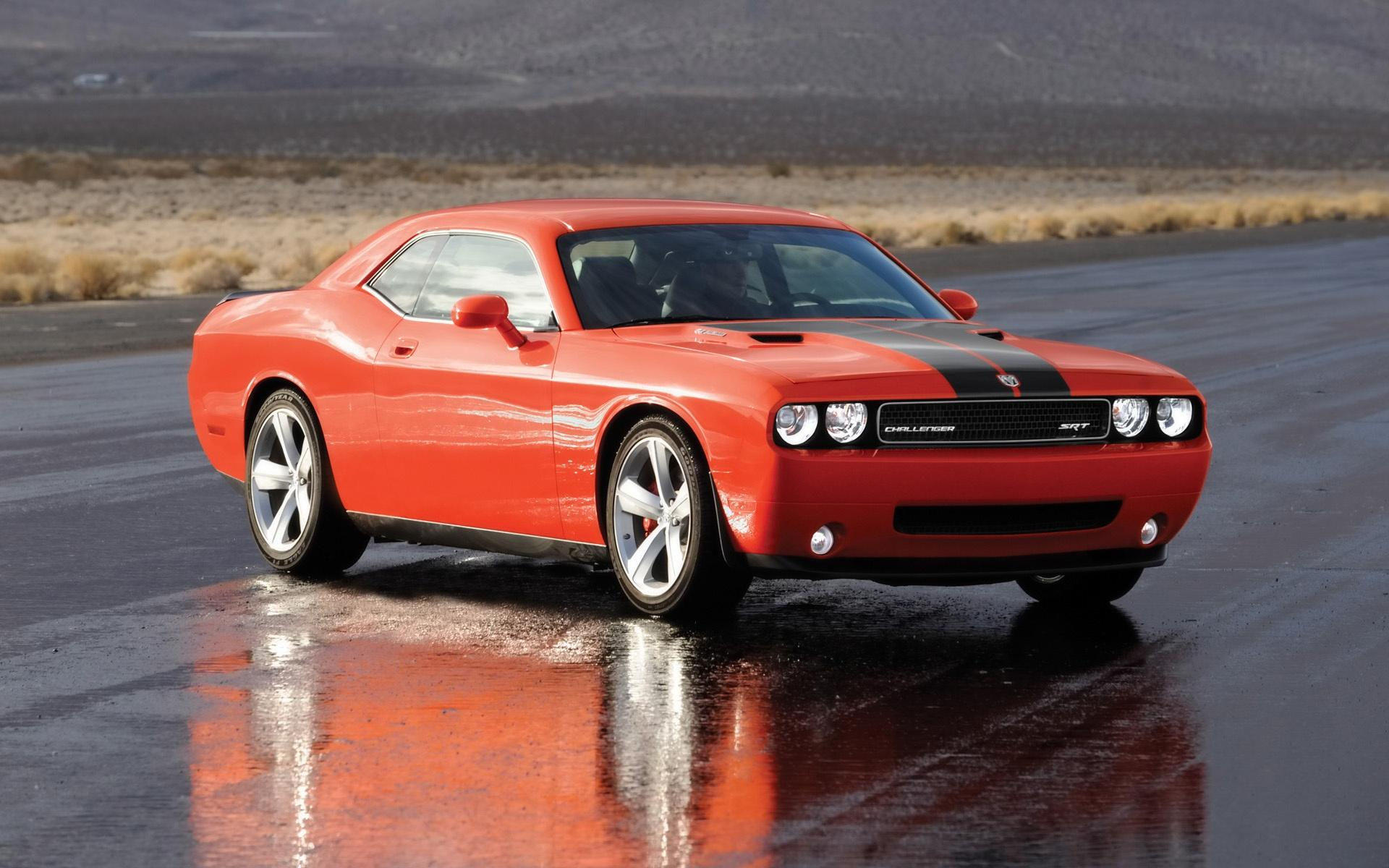 2008 Dodge Challenger Srt8 Side Angle Wet Pavement 1920x1200