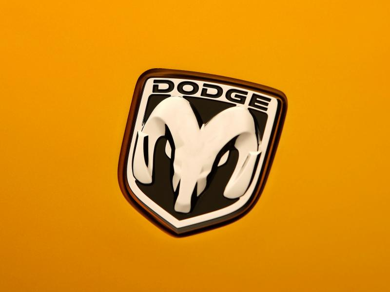 2007 Dodge Demon Roadster Concept Emblem 800x600