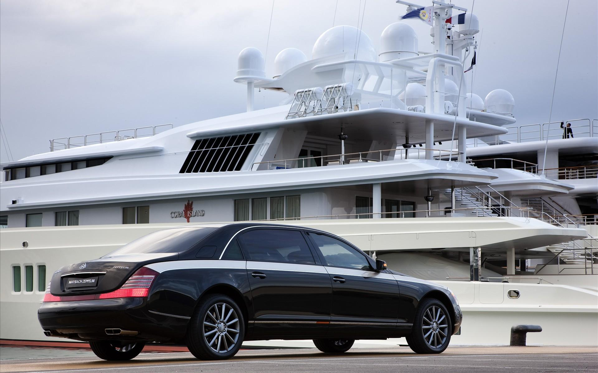 Rear Maybach 1920x1200