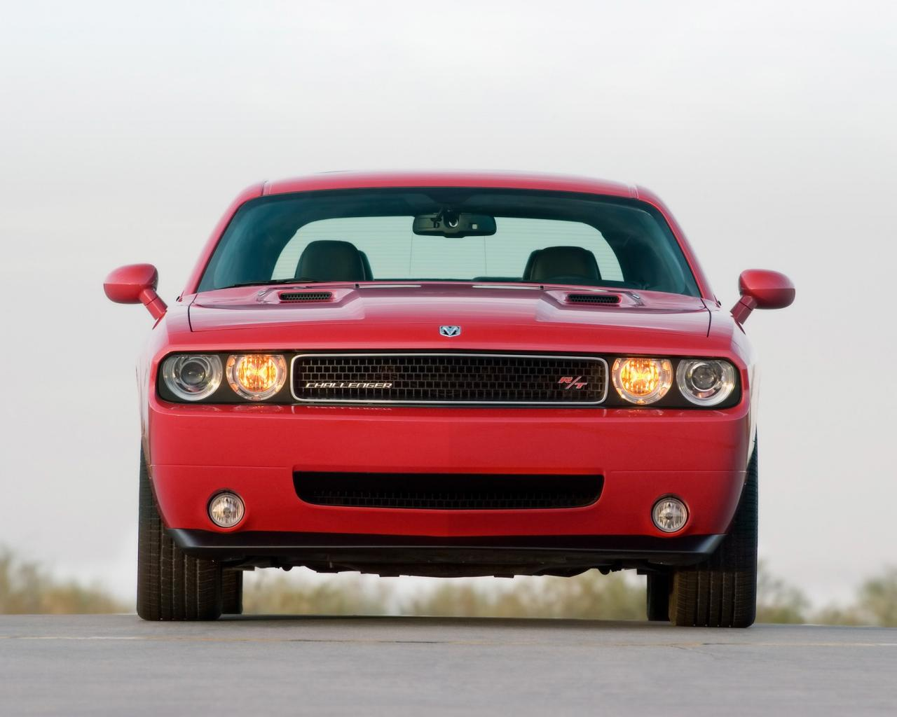 2009 Dodge Challenger Rt Front 1280x1024