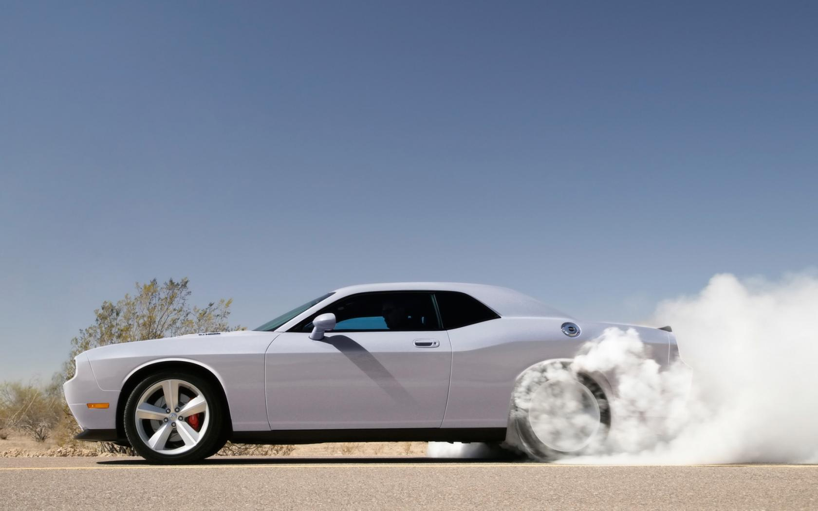 2009 Dodge Challenger Srt8 Side Smoke 1680x1050