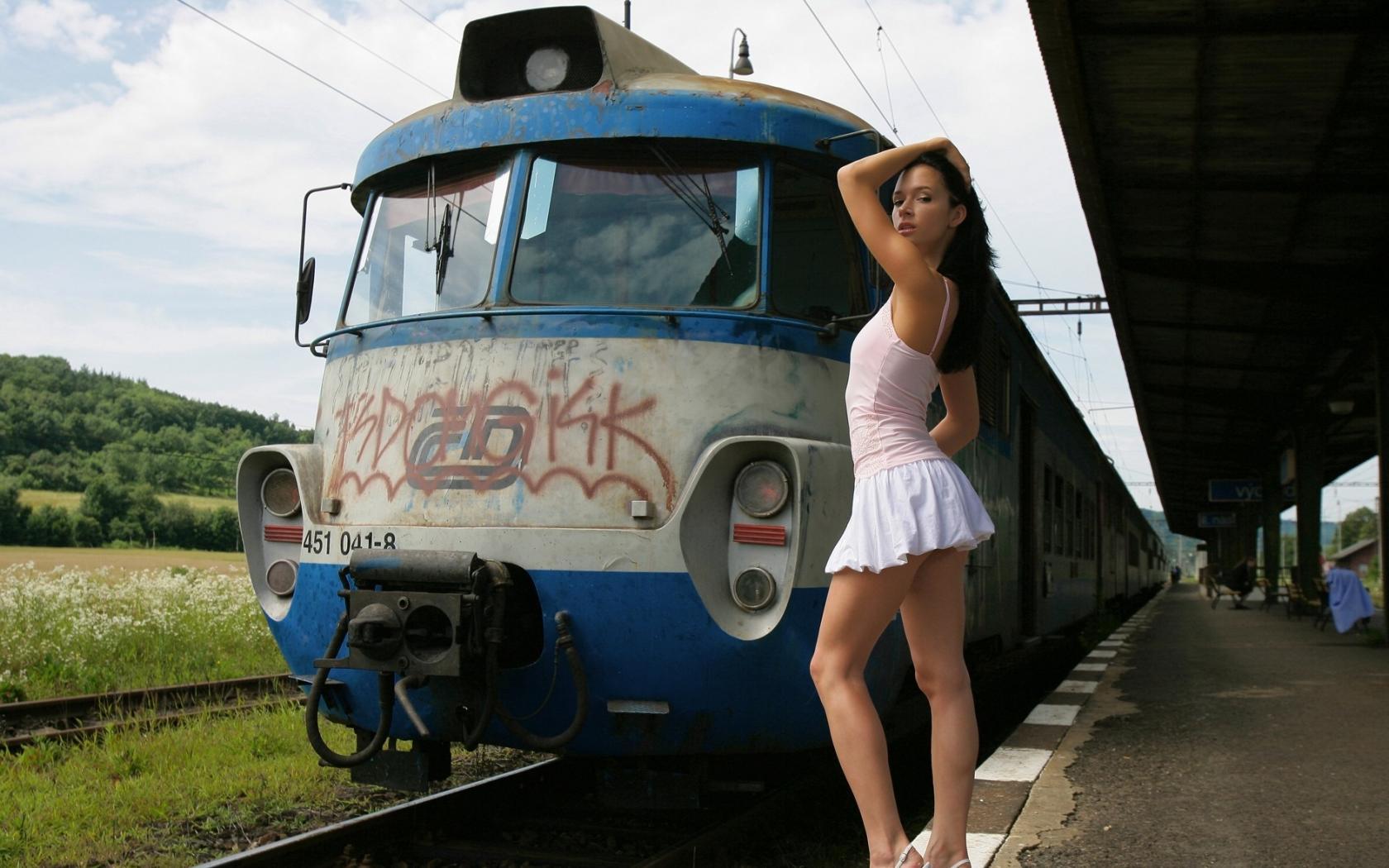 Частная съёмка в поезде 4 фотография