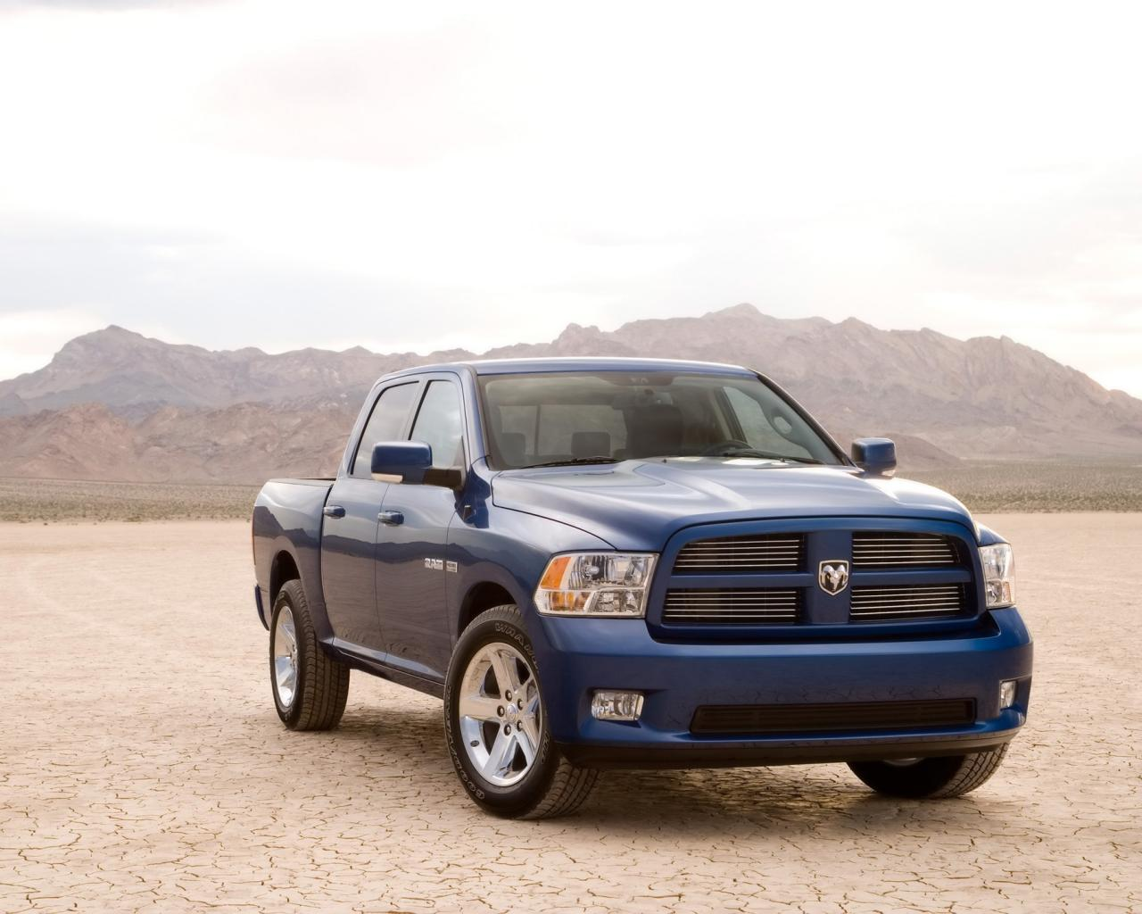 2009 Dodge Ram Sport Front Angle 1280x1024
