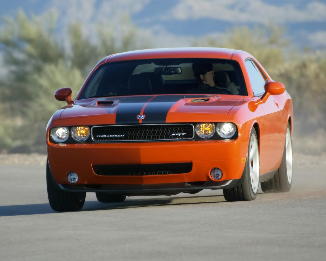 2008 Dodge Challenger Srt8 Front Angle Speed 1280x1024