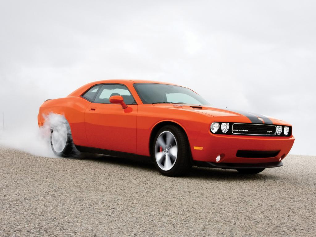 2008 Dodge Challenger Srt8 Burnout Side Angle 1024x768
