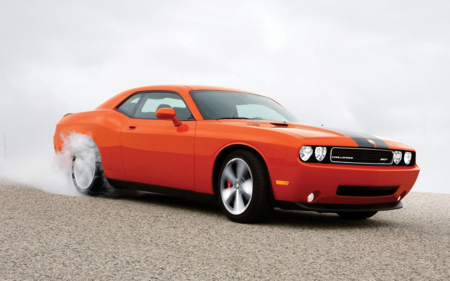 2008 Dodge Challenger Srt8 Burnout Side Angle 1440x900