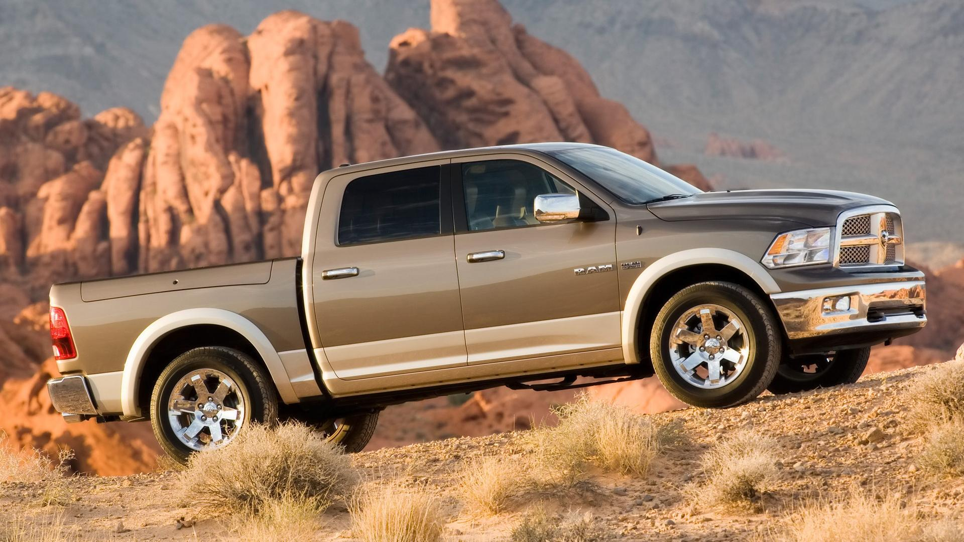 2009 Dodge Ram Laramie Side Angle 1920x1080