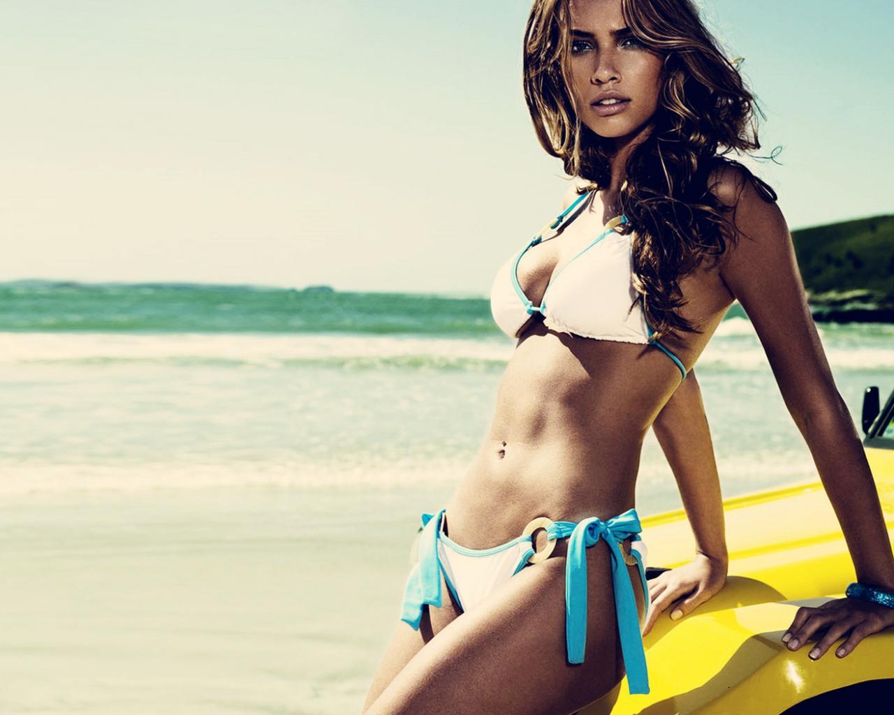 Картинки красивая девушка на пляже