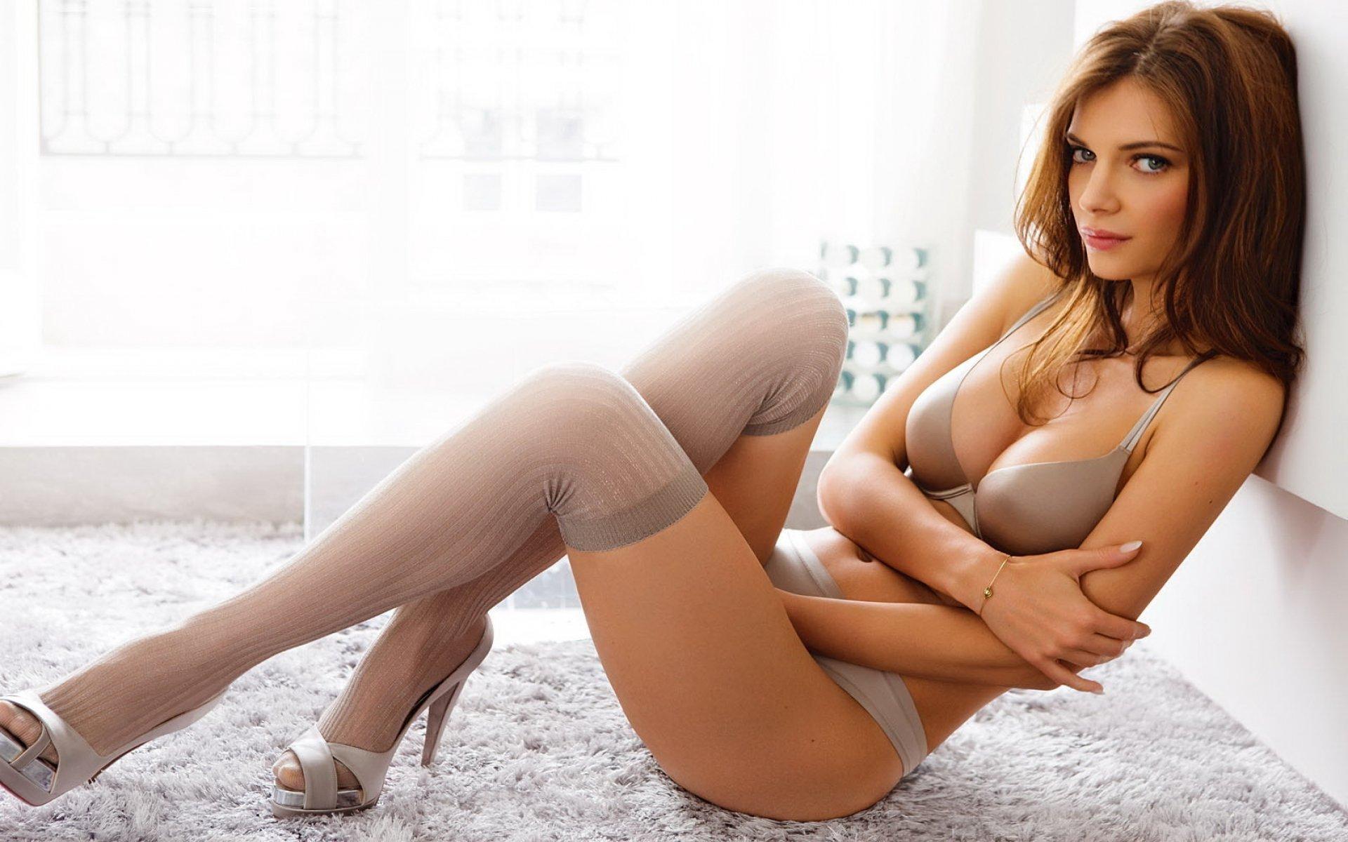 Порно видео очень красивых женщин  фотография