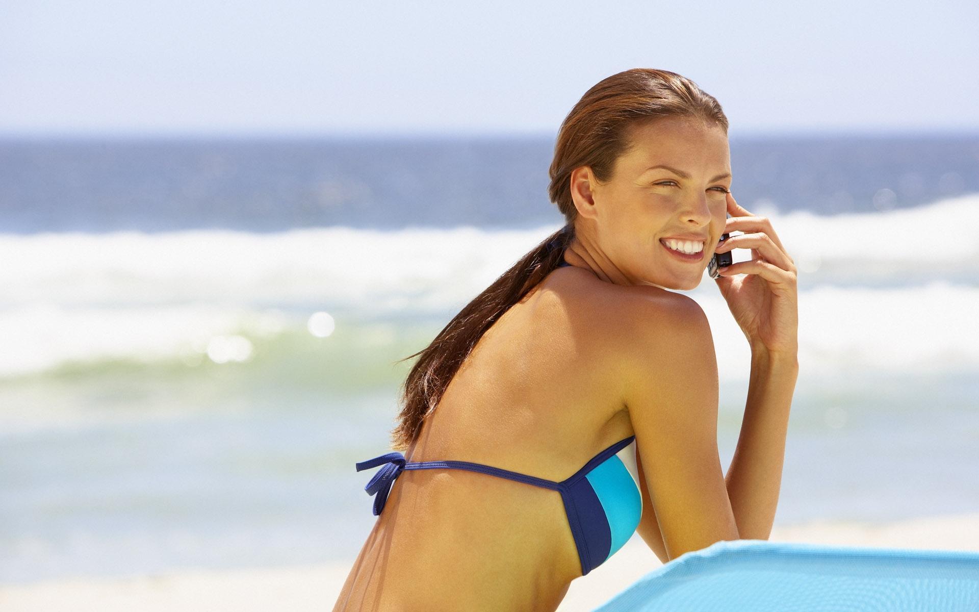 Тёлка на пляже фото 16 фотография