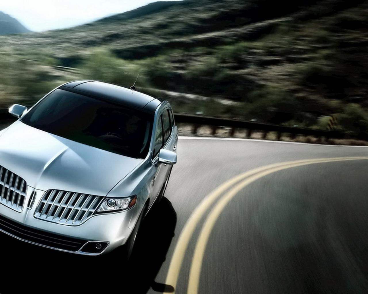 2011-Lincoln-MKT 1280x1024