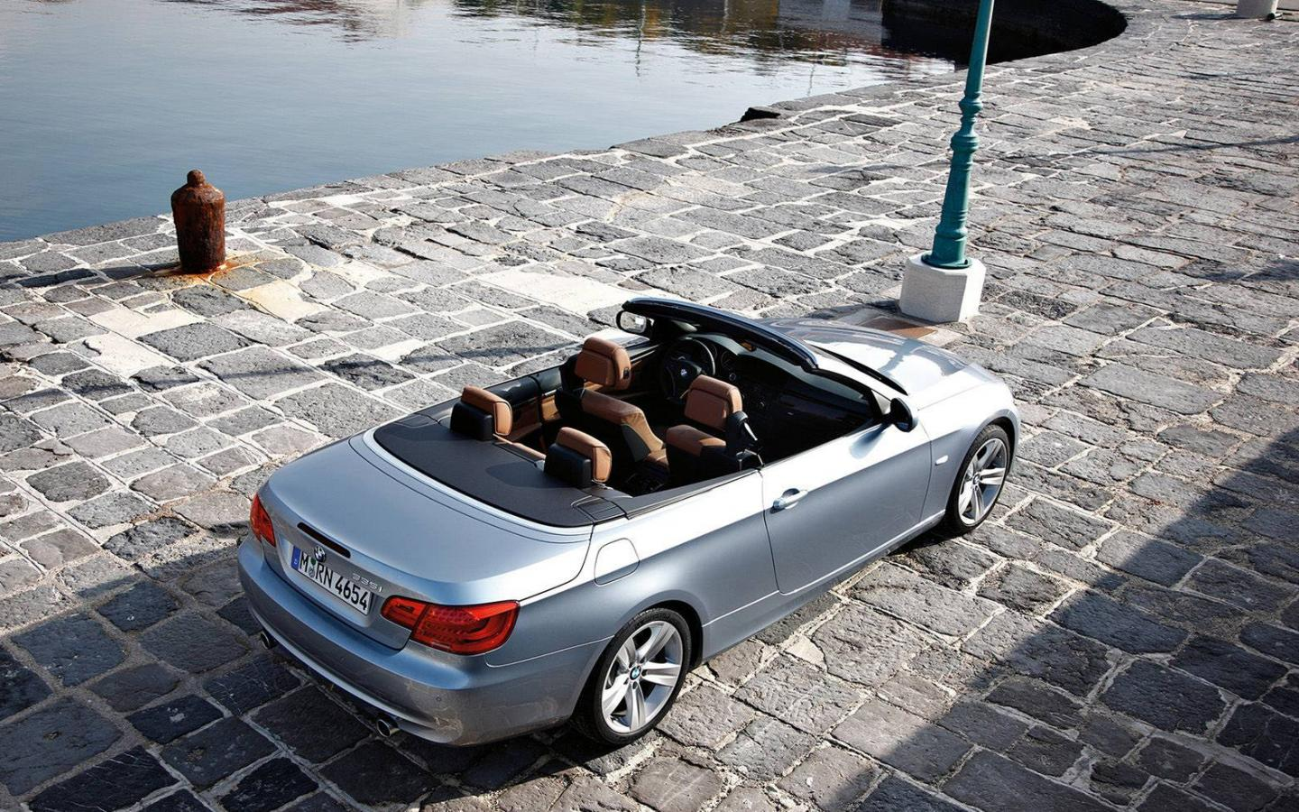 BMW-3-Series Convertible 2011 1440x900