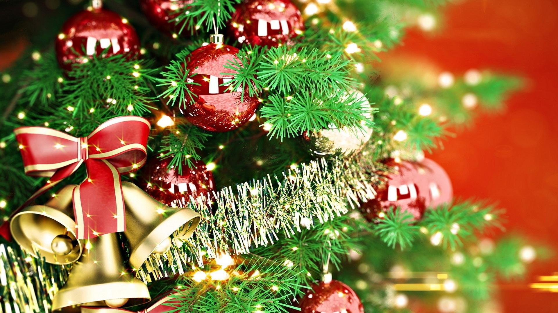 Зеленая новогодняя елка обои для рабочего стола, картинки ...: http://hq-wallpapers.ru/wallpapers/holidays/pic38224_raz1920x1080