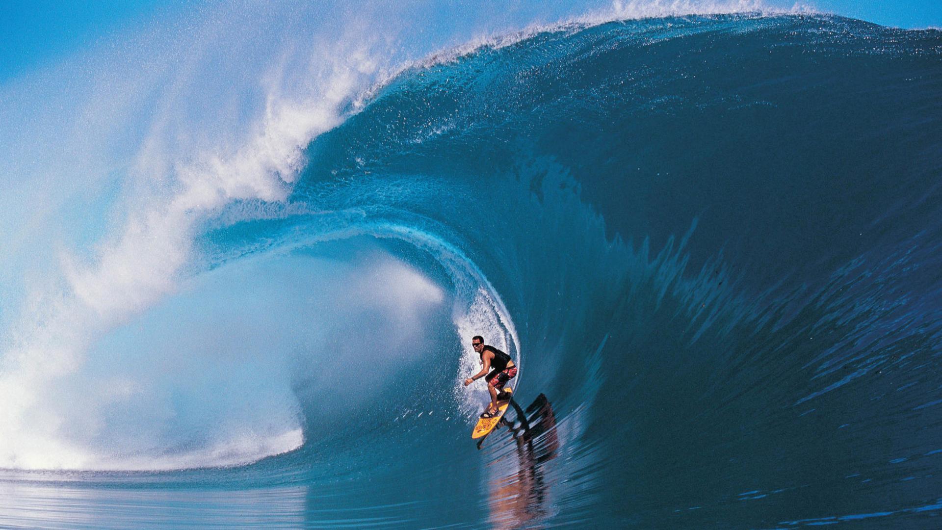 Серфингист спорта для спортсменов и